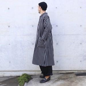 yarmo / Lab Coat
