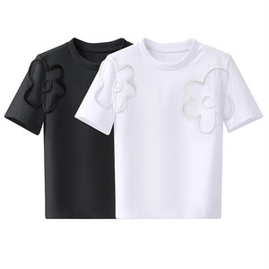 simple フラワーデザインTシャツ c3688
