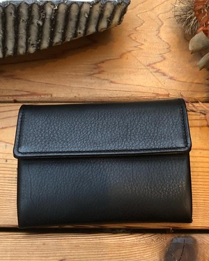 TOMO NARIAI for UNIVERSAL PRODUCTS カードケース  [BLACK]