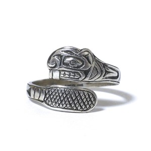 Vintage Northwest Coast Haida Sterling Silver Beaver Ring