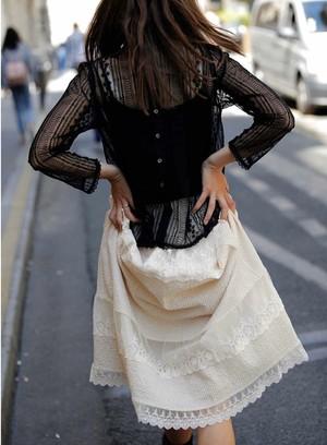 Bilitis dix-sept ans   Lace Tiered Skirt