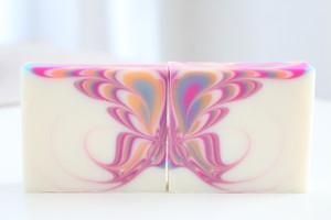 プリマドンナワークショップ 9月13日(水)午後 デザイン石けん講座 Butterfly swirl soap