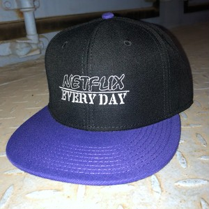 Netflix EVERYDAY CAP BLACKxPURPLE