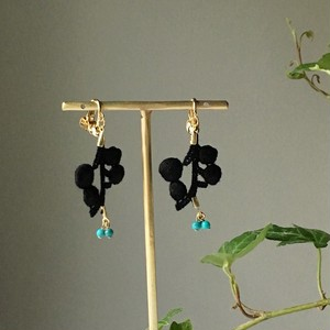 【12月の誕生石】Black cotton branch with Turquoise blue