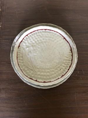 粉引手捻りすずらん 8寸皿
