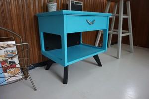 NIGHT TABLE / TV BOARD