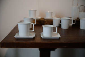 TY Coffee Cup Handle White / 1616 arita japan 【写真右】