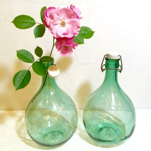 30-50's Vintage Green Big Wine Bottle from FRANCE   [GV-16]