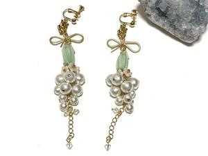 real flower earrings/pierce