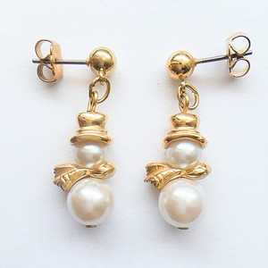 """AVON"" Pearly Snowman pierce[p-719] ヴィンテージピアス"