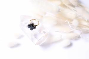 086-r 伝統文化品美濃焼多治見四つ葉タイル指輪・リング(フリーサイズ) ※証明書付