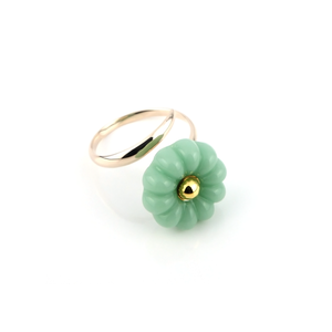 "K10_flower glass_ring ""mint cream"""
