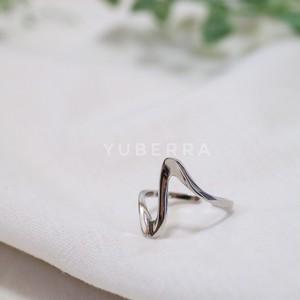 《送料無料・silver925》strong wave ring【85284RB250】