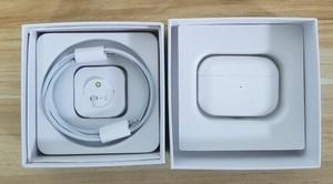 AirPods pro風 Bluetoothワイヤレスイヤホン ポップアップ対応 再生時間最大5時間 バッテリー残量左右表示 スマートセンサー搭載 片耳使用可能歩きながら使っても途切れない ノイズキャンセリング ワイヤレス充電