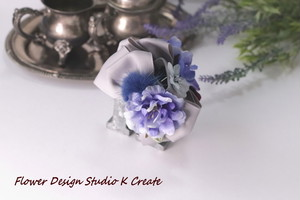ミンクファー付き青い薔薇と紫陽花のバンスクリップ アーティフィシャルフラワー 水色 クリップ リボン ブルー