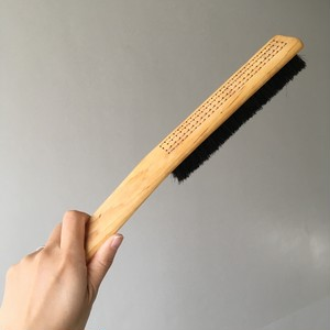 Iris Hantverk / clothes brush