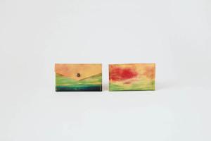 海と黄色い空のカードケース
