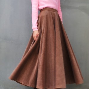 70's Brown long flare corduroy skirt
