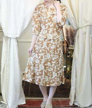 RETRO FLORAL PATTERNED SET UP/レトロ古着花柄セットアップ