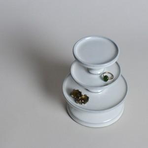 rpm /  三段高杯(たかつき) 〈陶器 / 食器 / お皿 / コンポート / ケーキスタンド / アクセサリー 〉