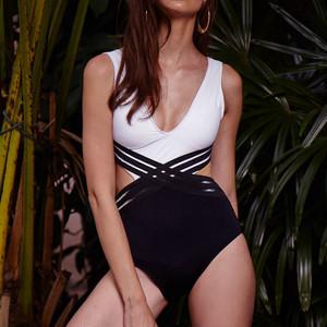 【タイ人気ブランド】Coralist Swimwear Vネックワンピース Jain Sunrise & Midnight