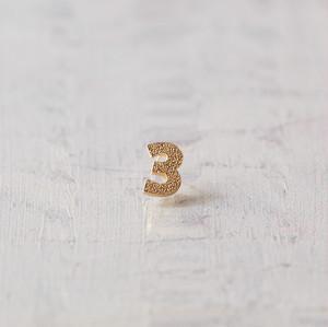 \ NEW / Numéro / 3