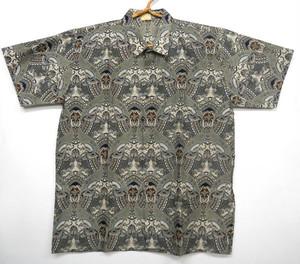 バティックシャツ