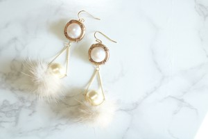 pierce/earring 夢に揺るファー(white)