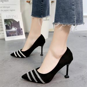 【shoes】ラメ入り浅い口スエードエレガントパンプス 23036928
