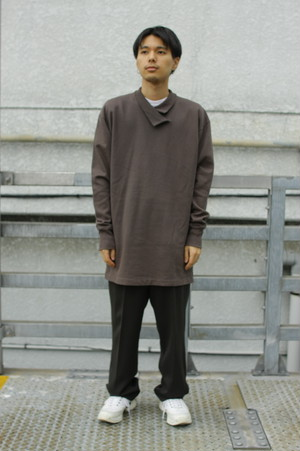 Design Collar Sweat Long Cut Sew