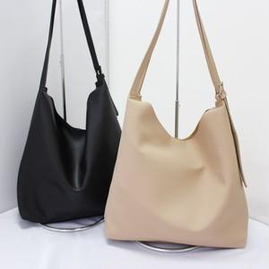 シンプル合皮バッグ