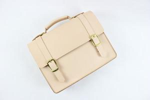 JAPAN LANSUI DESIGN 名入れ対応 ヌメ革手作り手縫い リュック ショルダー トートバッグ 3way 品番0K9HD7J432FFS