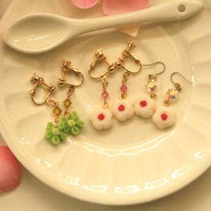 干菓子のイヤリング・ピアス