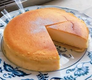 国産米粉のチーズスフレケーキ(5号・直径約15cm)