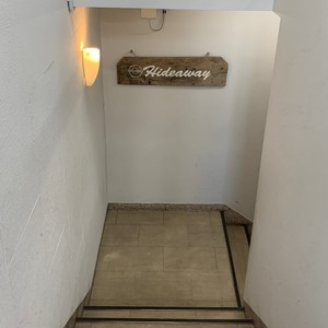 【Studio Hideaway(大阪・日本橋)を応援する】ドネーション・リストバンド