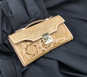 KL clutch bag (STUDIO HAEL)