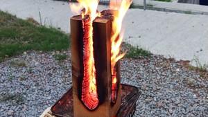 角材トーチとブドウの枝燃やす体験セット(角材トーチ×1個と巨峰ぶどうの枝(焚き火用)3㎏)