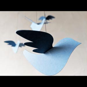 モビール「青い鳥」
