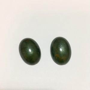 メタリックグリーンオーバルカボション[2ヶ入]