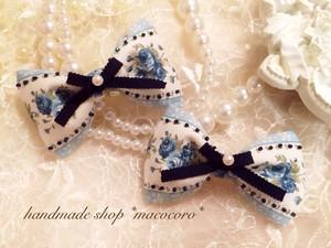 ビーズ刺繍ローズ柄りぼんクリップ/blue