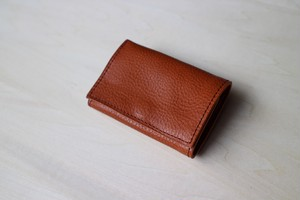 PLAY WALLET - LEATHER[CAMEL]