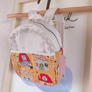 赤ちゃんファスナーリュック☆チェストストラップつき(きいろ・おうち)