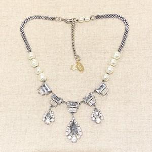 radà パールとクリスタルのネックレス silver