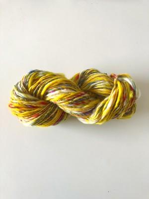 【手紡ぎ糸 a-34】あたたかな黄色ミックス毛糸