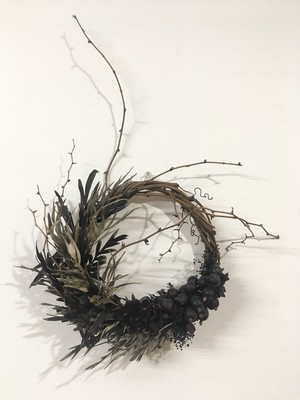 A lot of Fields × MY'S Christmas wreathe Black