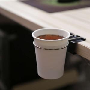 コップをひっかけて倒しても机の上に被害が出にくいコップスタンド2個セット。バッグフックにも。 かわいい かっこいい オフィス 取り外し 自在 安心 落下
