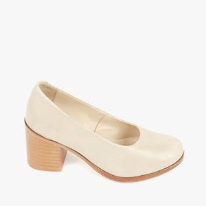 Deux Souliers (サンプルコレクション) - Basic Heel #2 パンプス (ボーン) 【スペイン】【靴】【ヒール】【インポート】【VOGUE】