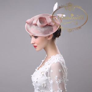 ヘッドドレス おしゃれ 個性的 英国ロイヤル 皇族 皇室 カクテルハット 結婚式 ウェディング