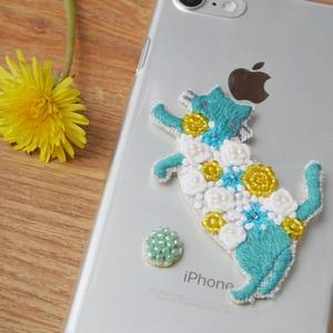 手刺繍シール ししゅール「花まとうネコ-立ち GR」刺繍ステッカー スマホ 花刺繍 猫刺繍 ワッペン
