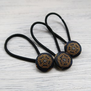 【A】VINTAGE CHANEL FABRIC Walnut button HAIR TIE CHAIN